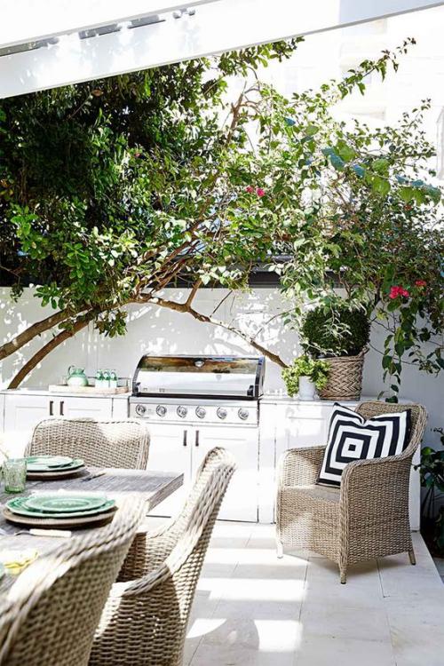 Outdoor Küche moderne Ausführung Grillgerät aus Edelstahl