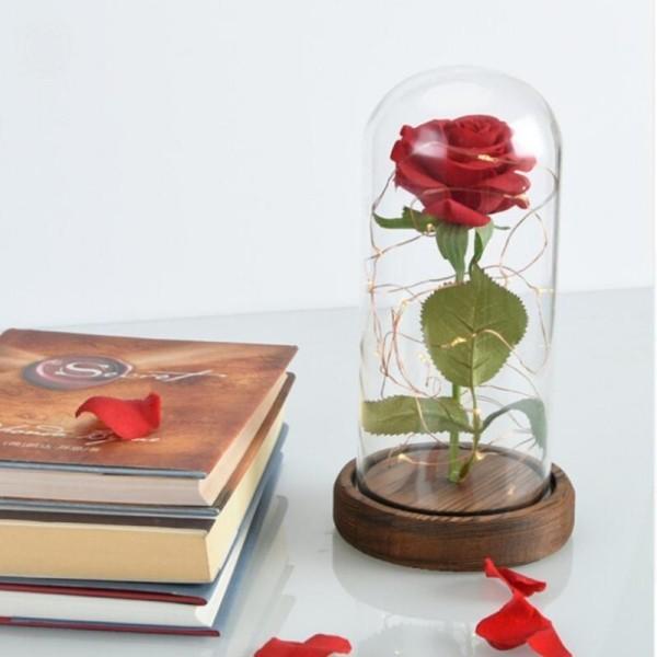 Rose im Glas als Deko zu Hause edler Look bezaubert