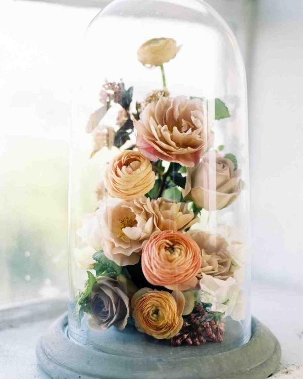 Rosen im Glas tolles Arrangement reizvoll und auffallend