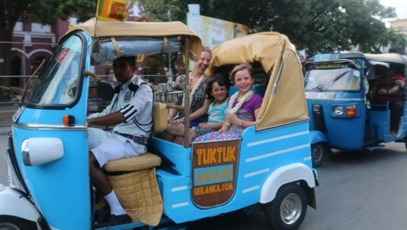 Sri Lanka Reisetipps Tuk Tuk Straßenvenverkehr