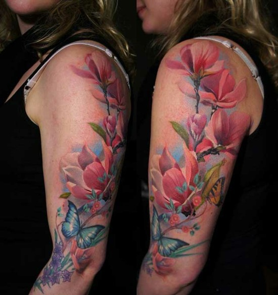 bunte floral sleeve tattoo ideen für frauen