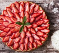 Erdbeertorte zubereiten – 2 einfache Rezepte und 33 Inspirationsideen