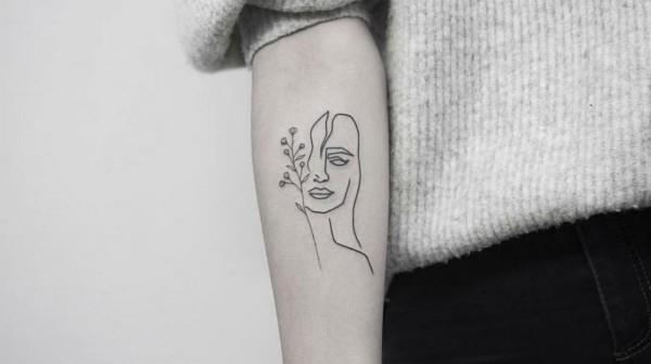gesicht einer frau tattoo ideen