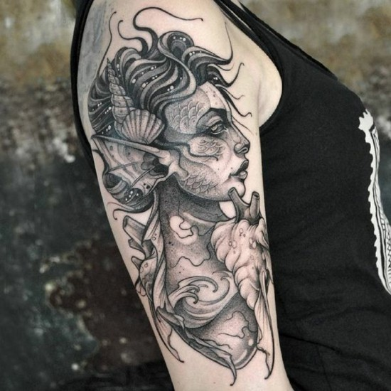 halb sleeve tattoo ideen mit meerjungfrau
