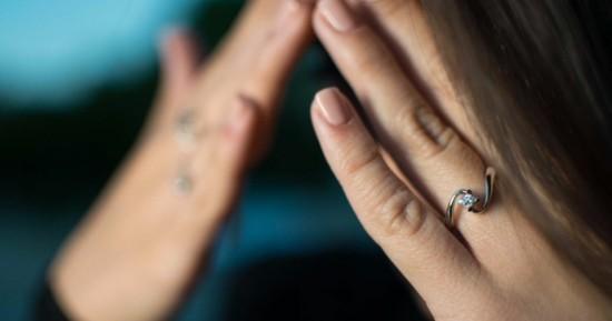hochzeitsideen wo trägt man den verlobungsring