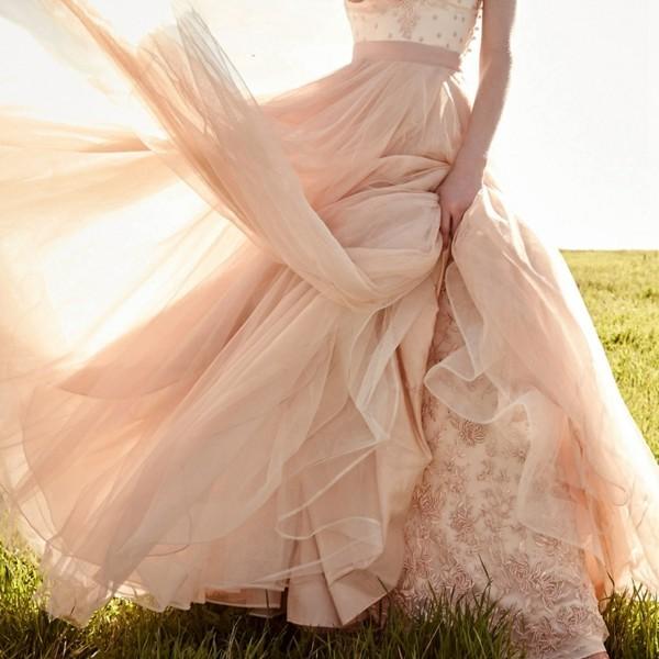 hochzeitstrends 2019 blush mix brautkleid