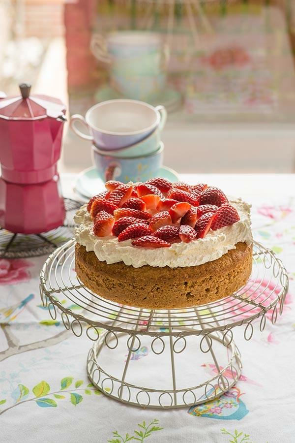 mandelkuchen mit erdbeeren und mascarpone