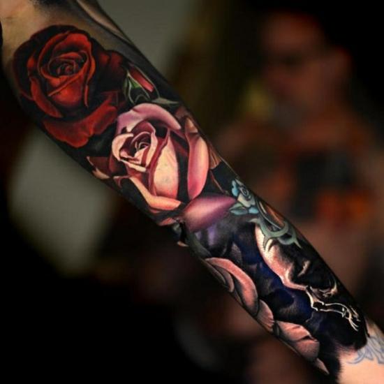 Frau unterarm rosen tattoo ▷ 1001
