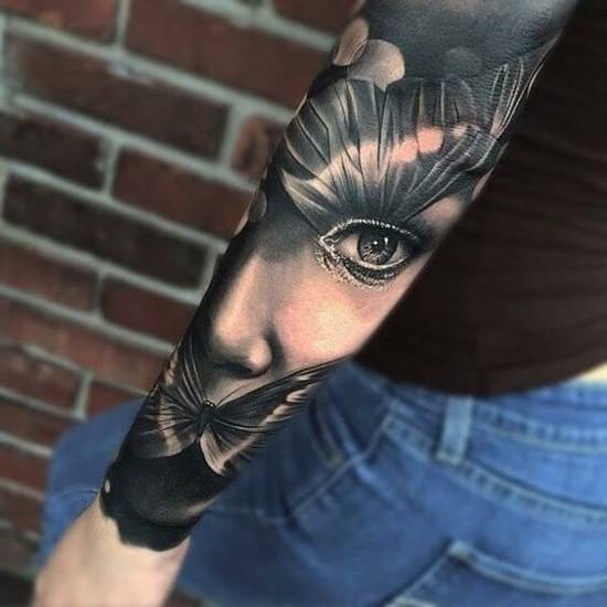 schmeterlinge sleeve tattoo ideen für frauen