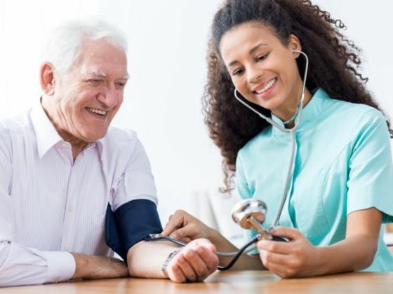 schwarzer Sesam gesunde Vorteile Sesamsamen Blutdruck stabilisieren