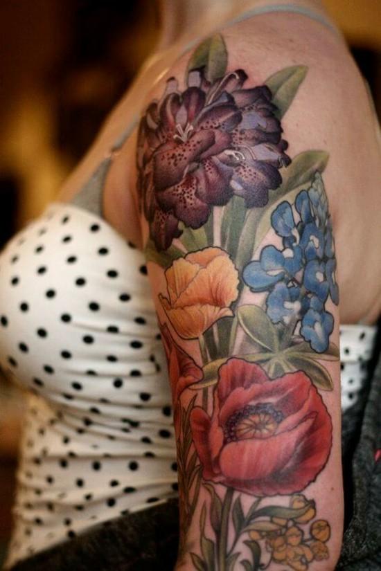 sleeve tattoo ideen bunte blumen