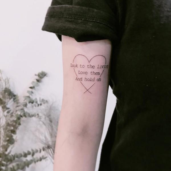 tattoo ideen herz mit mustern