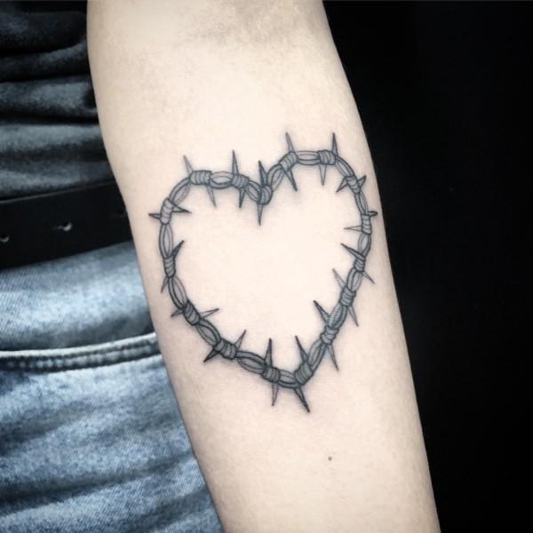 tattoo ideen kleines herz
