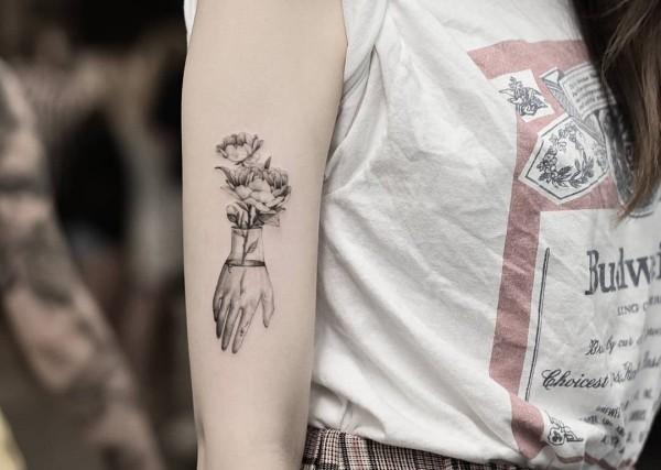 tattoo ideen tolle kleine hand