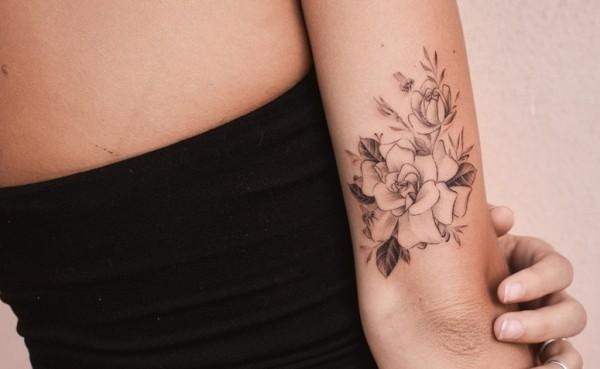 tattoo ideen toller blumenstrauss