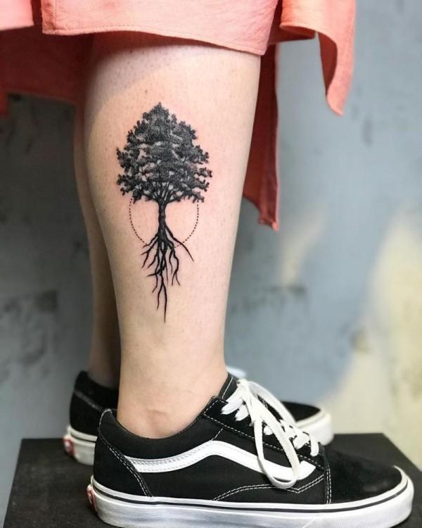 tattoo ideen wunderbarer baum