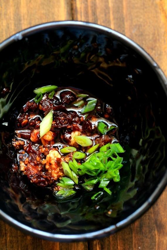 würzige Wan Tan Suppe chinesische Suppe Wan Tan Gewürze
