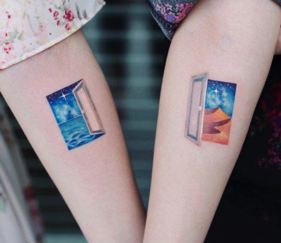170 kreative Geschwister Tattoo Ideen und Inspirationen fenster mit ausblick wüste meer