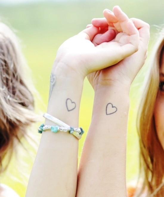 170 kreative Geschwister Tattoo Ideen und Inspirationen herzen schwester handgelenk