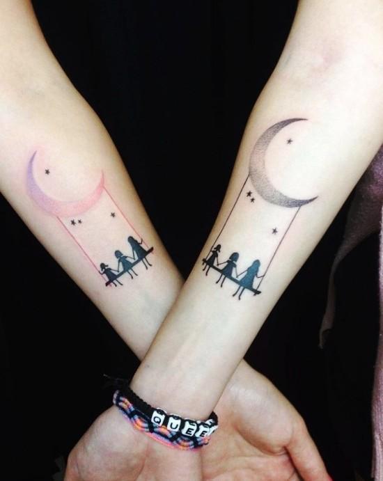 170 kreative Geschwister Tattoo Ideen und Inspirationen mond und schaukel drei mädchen
