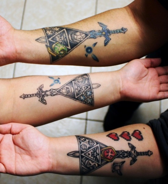 170 kreative Geschwister Tattoo Ideen und Inspirationen zelda schwert pyramide