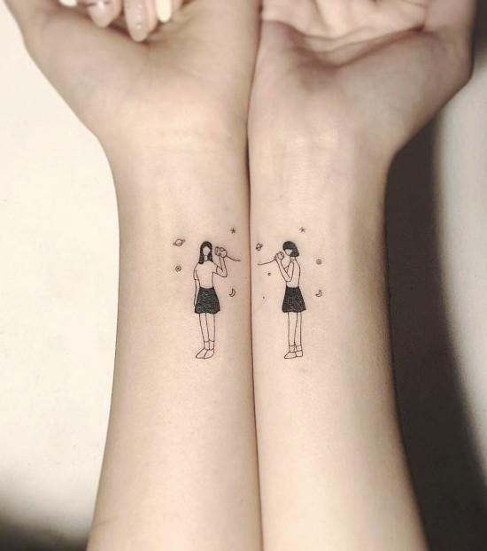 170 kreative Geschwister Tattoo Ideen und Inspirationen zwei schwester klein telefon