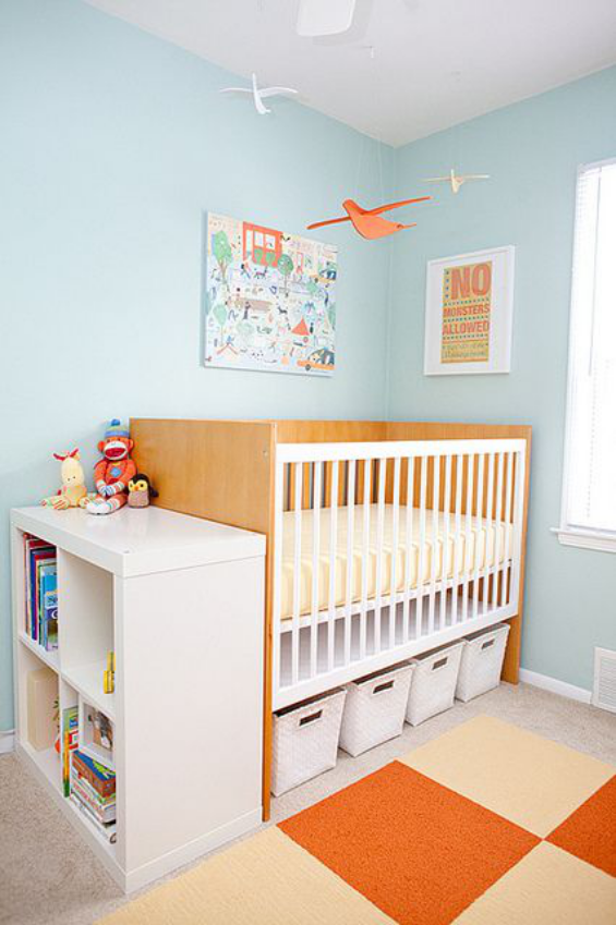 Babyzimmer einrichten gestalten einladende Atmosphäre hell gut geordnet
