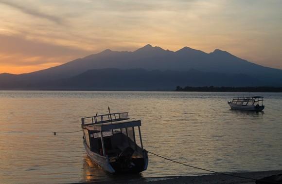 Bali Reisetipps Bali Packliste Strandleben Boot