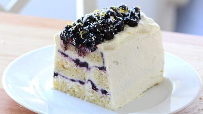 Blaubeerkuchen leckeres Dessert schnelle Zubereitung herb-süßer Geschmack
