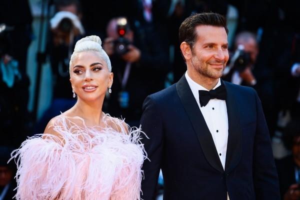 Bradley Cooper Lady Gaga ohne Irina Shayk bei offiziellen Events gut gelaunt fröhlich