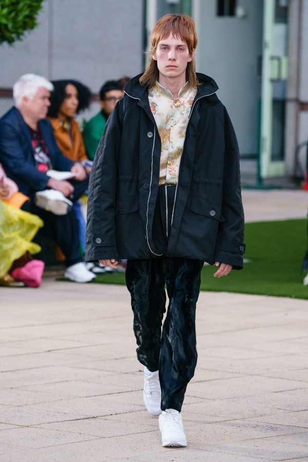 Breite Regenjacke Modetrends Martin Rose
