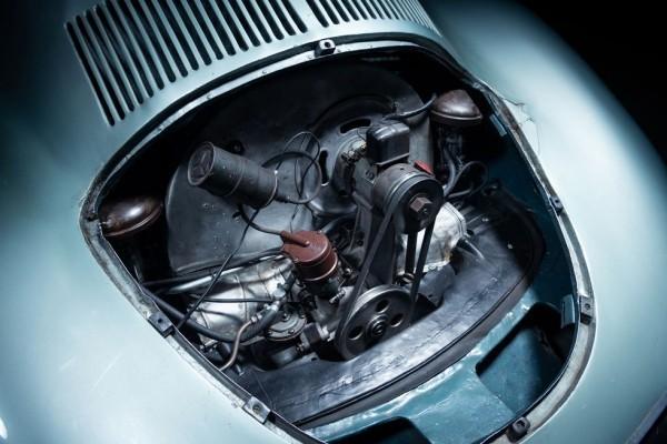Der älteste Porsche Typ 64 wird für 20 Mio. USD versteigert der motor des ältesten porsche