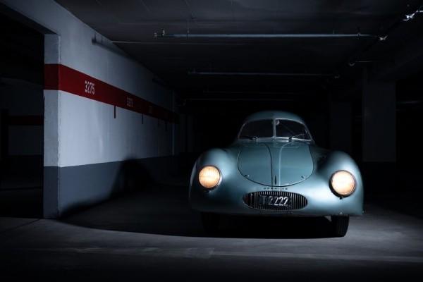 Der älteste Porsche Typ 64 wird für 20 Mio. USD versteigert die lichter arbeiten noch
