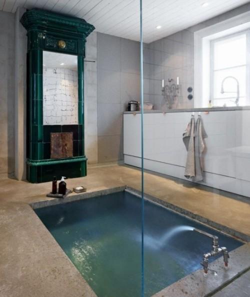 Eingelassene Badewanne elegantes Baddesign Glaswand