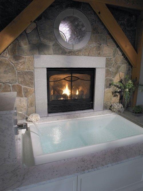 Eingelassene Badewanne verschiedene Materialien Stein Marmor Holz pflegeleichte Wanne