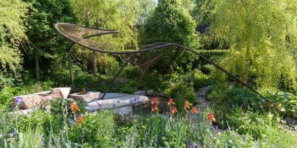 Gartengestaltung tolle hohe Figur