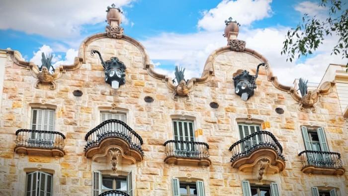 Gaudi Casa Calvet Anziehungspunkt für Touristen