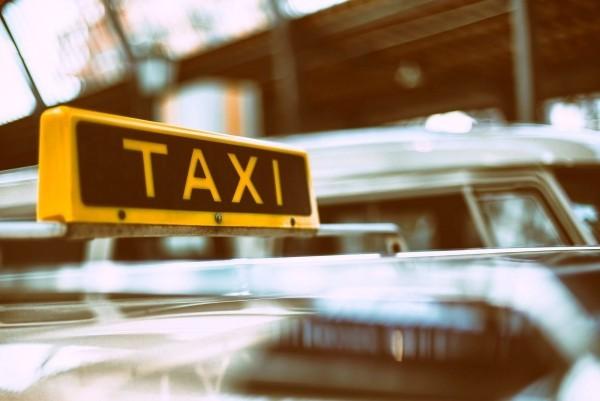 Google Maps warnt Sie, wenn Ihr Taxifahrer von der Route abweicht taxis als geldfalle
