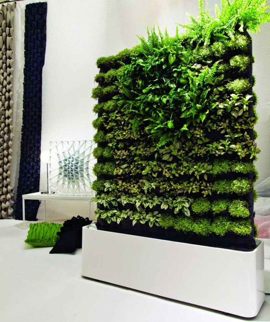 Grüne Wandgestaltung Skulptur mit grünen Ideen