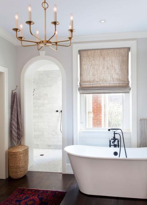 Halbkreisfenster gewölbte Zimmerdurchgänge Bad mit Roll Privatsphäre schützen