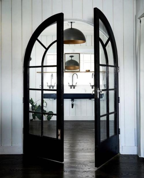 Halbkreisfenster gewölbte Zimmerdurchgänge französische Tür Esszimmer Küche abgrenzen