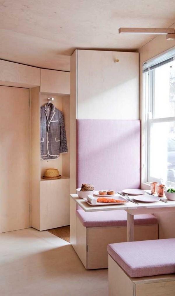 Küchentische Raum mit Rosa