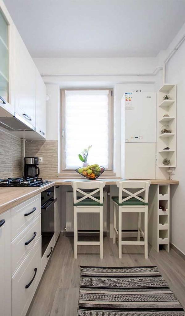 Küchentische wunderbare Positionierung neben dem Fenster