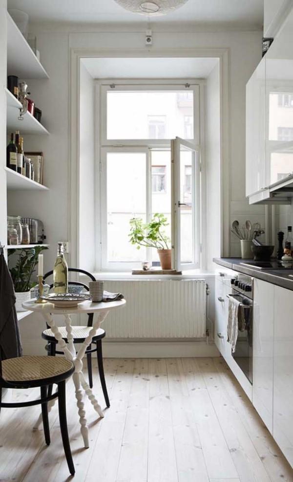 Küchentische - wunderbarer Tisch an der Wand