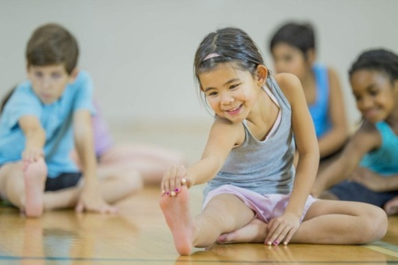 Kinderyoga Übungen gesundes Leben Yogaübungen für Kinder Yogaunterricht