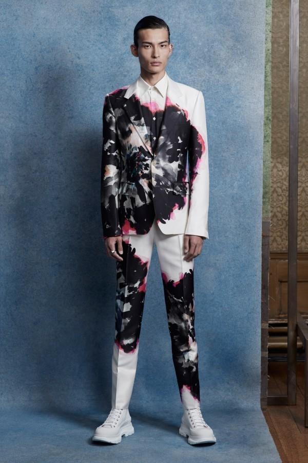 Lila und Schwarz - tolle Idee für die Modetrends