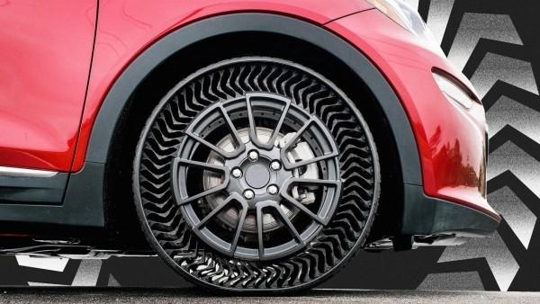 Michelin und General Motors entwickeln luftlose Reifen uptis montiert an einem auto
