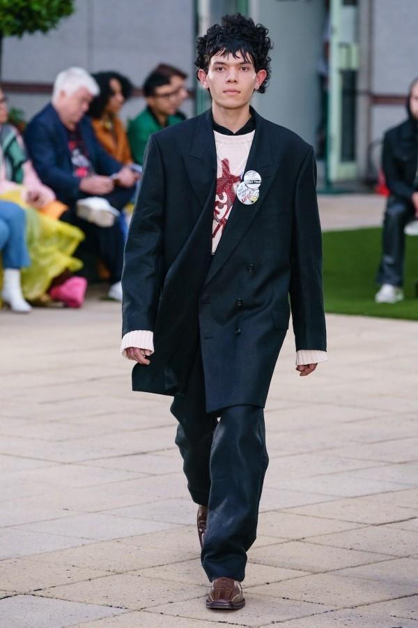 Modetrends schwarzer Anzug - tolle Idee