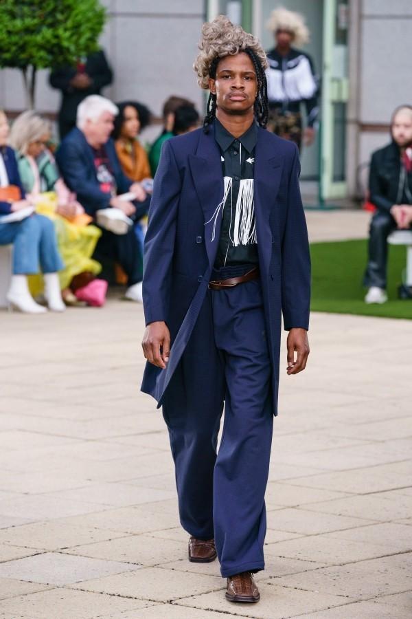 Modetrends - wunderbare Ideen in blauer Farbe