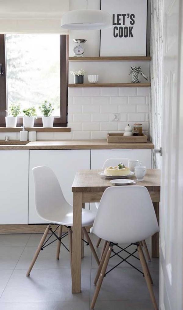 Tolle Idee aus Holz an der Wand Küchentische